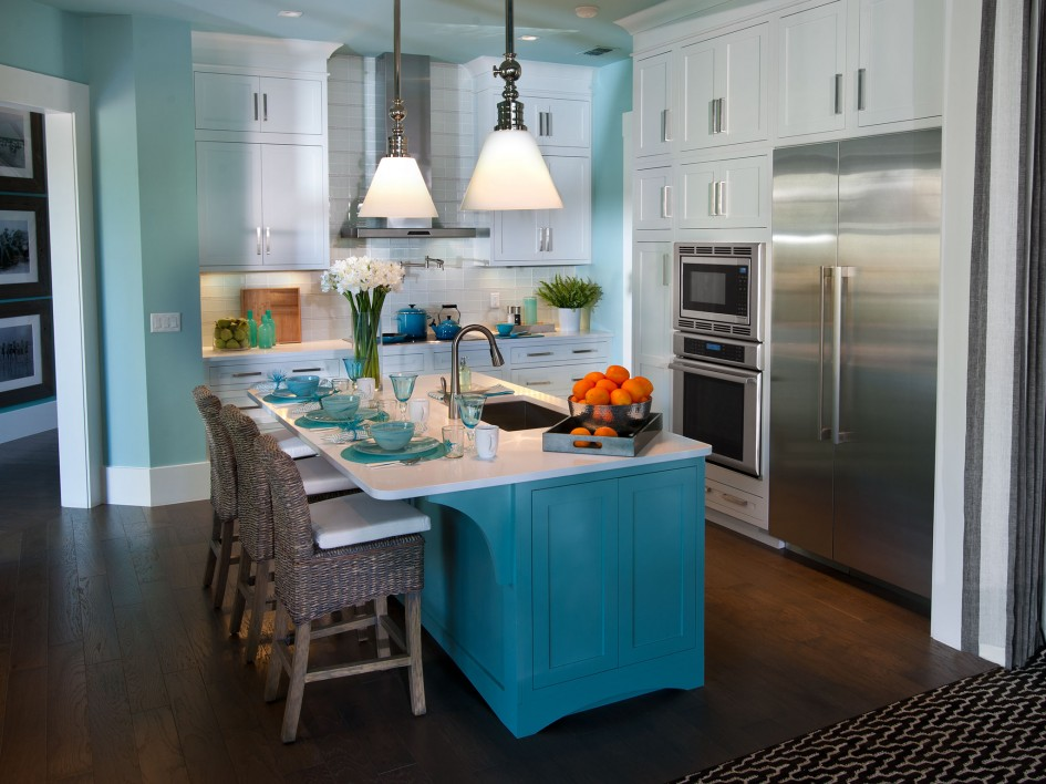 Kitchen Cabinets are Getting a Color Boost